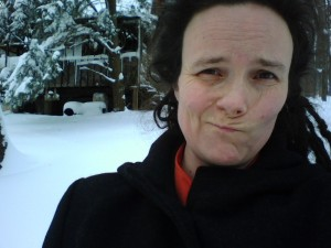 snowstorm, Wren emotes, Hina Hanta in bg